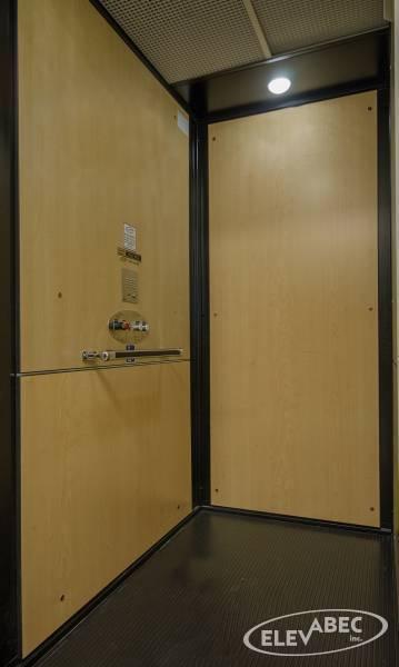 Ascenseur (Plate-forme élévatrice Elevabec)