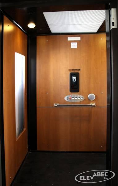 Ascensuer de maison, Plate-forme élévatrice (Ascenseur Elevabec)