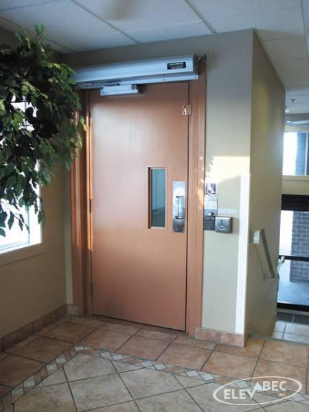 Porte coupe-feu ascenseur